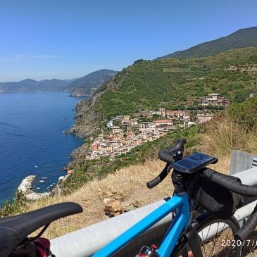 in bici per l'italia riomaggiore