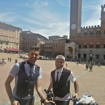 in bici per l'italia siena